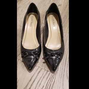 Ellen Tracy Kitten Heel pumps  (Black - Sz 6)